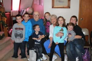 photo of sandra's grandparents with sandra's kids