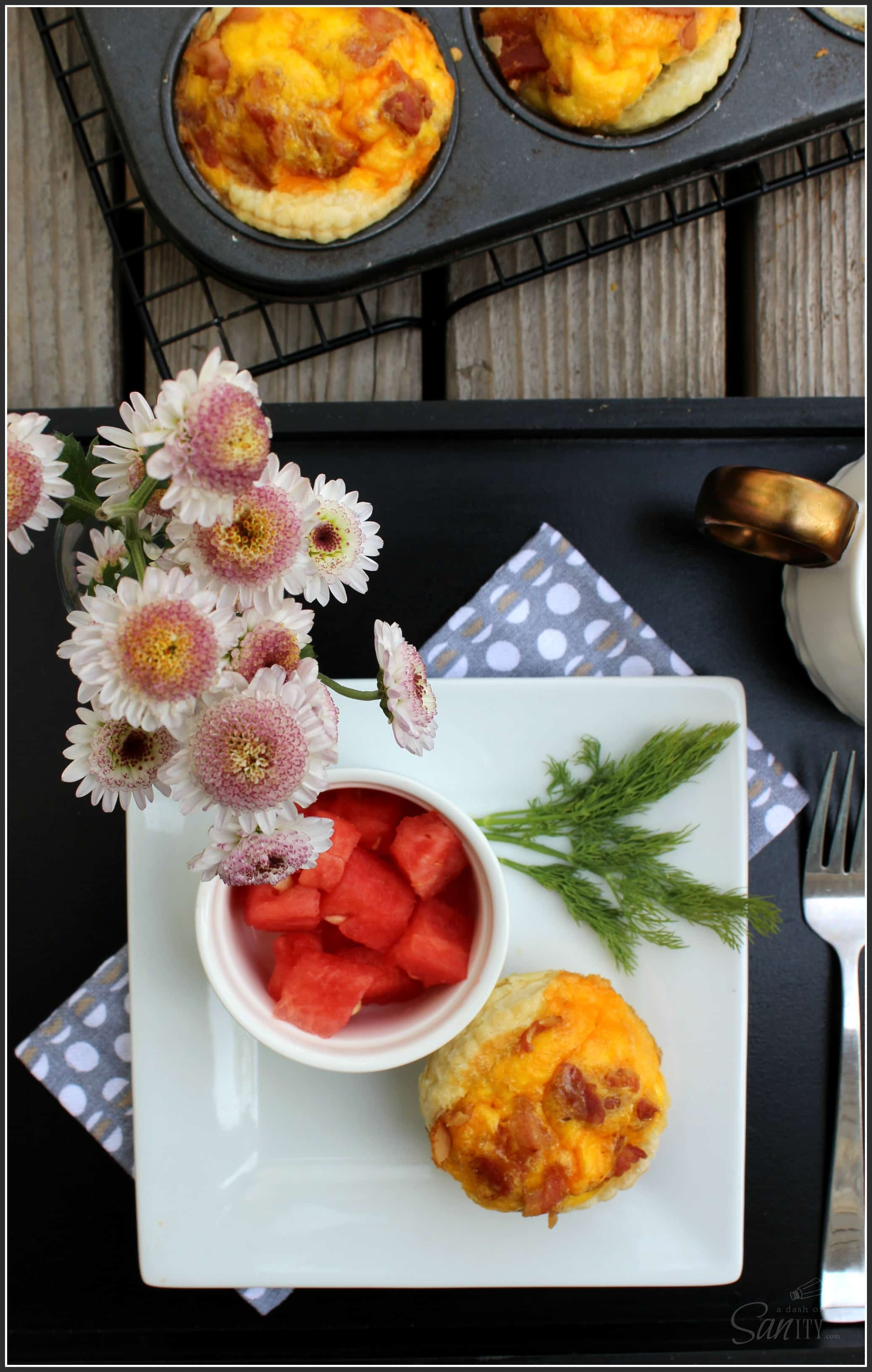 """Easy Egg Breakfast Muffins - a new """"McMuffin"""" is in town, an easy, delicious breakfast muffin made with bacon, eggs, and cheese."""