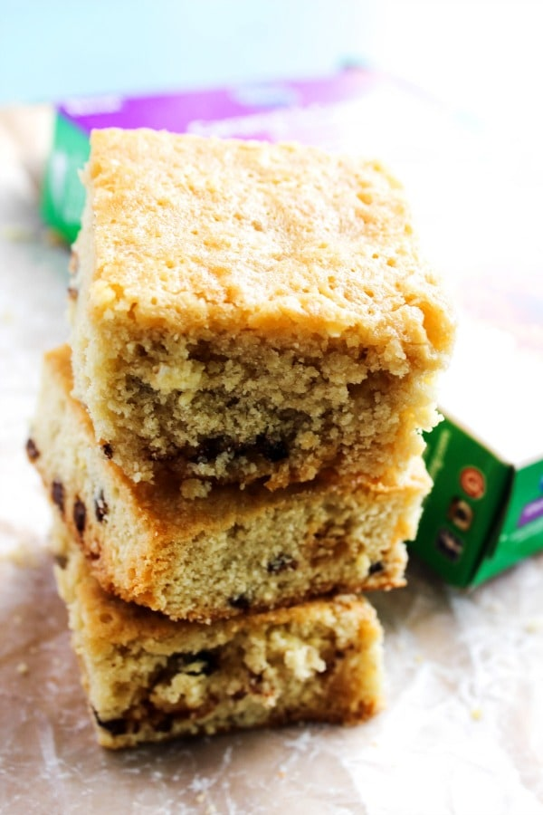 Toasted Coconut Pecan Caramel Sauce & Girl Scouts® Caramel & Coconut Blondies are a drool worthy combination of coconut, caramel, and chocolate.