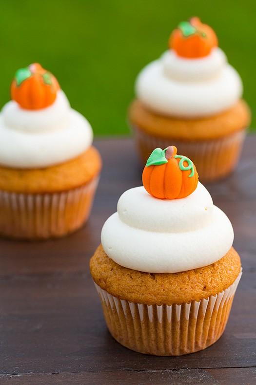 pumpkin-cupcake-4