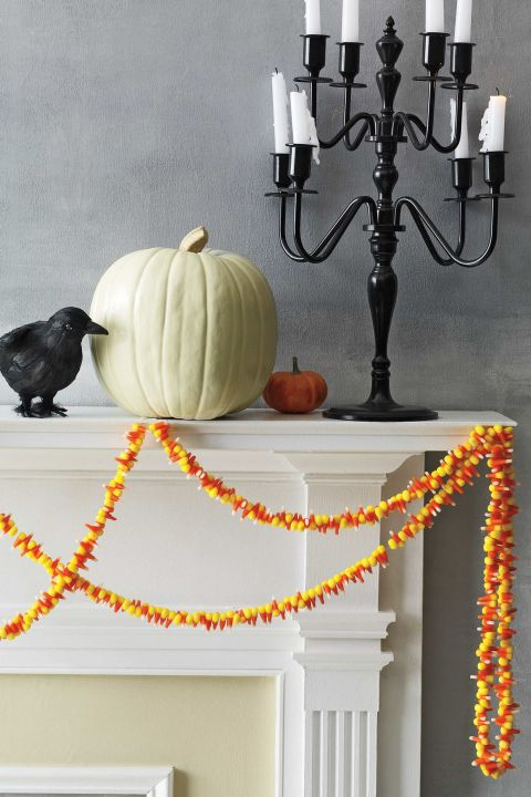 candy-corn-garland