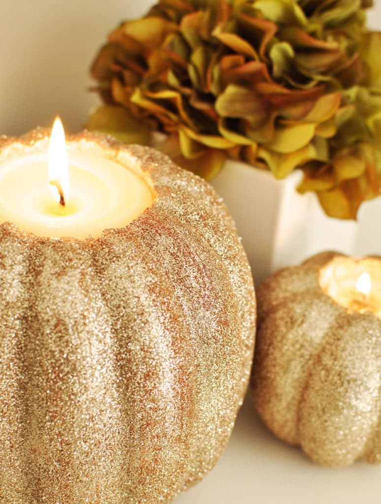 diy-pumpkin-candle-holder