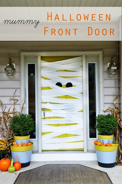 mummy-door
