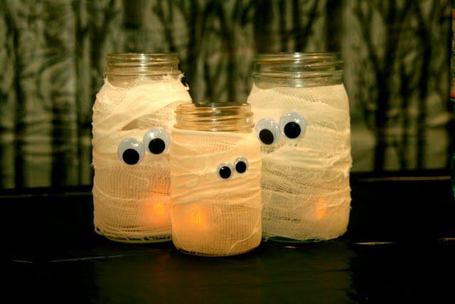 mummy-jars