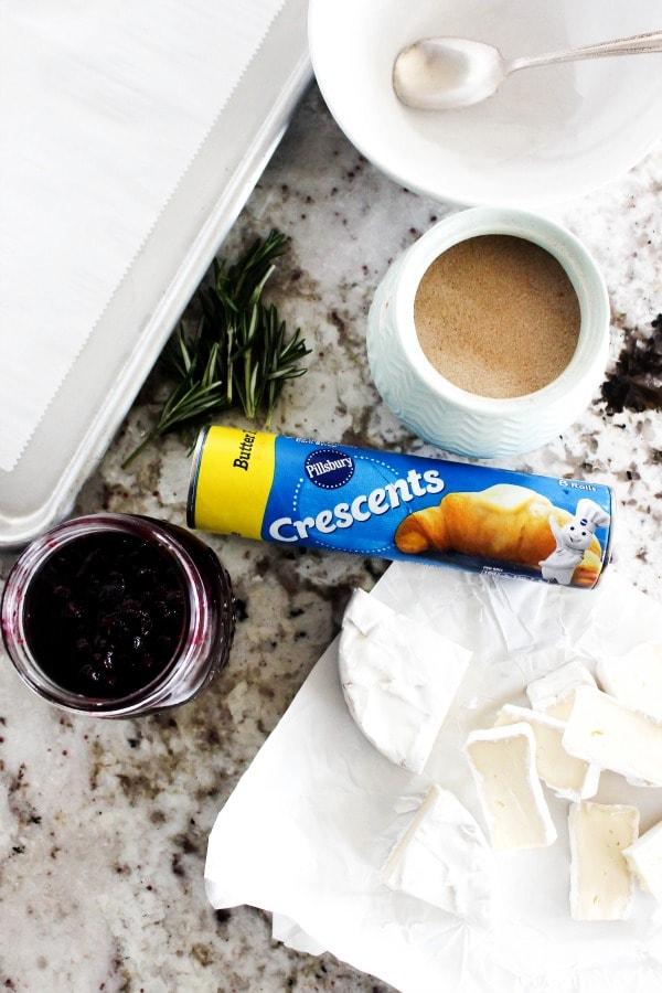 berries-brie-crescent-rolls-pillsbury