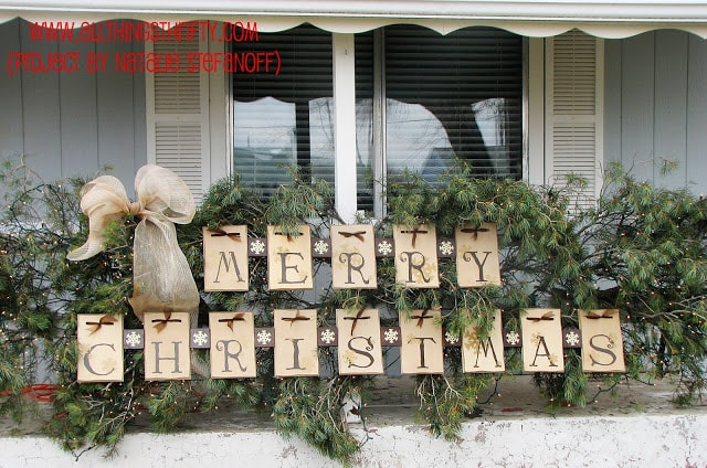 DIY MERRY CHRISTMAS PORCH SIGN