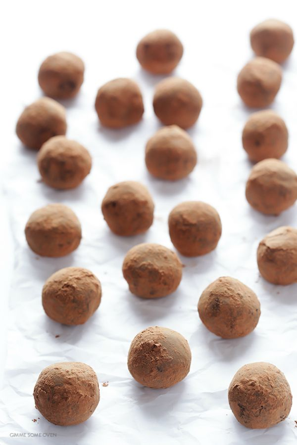 5-Ingredient Whisky Dark Truffles