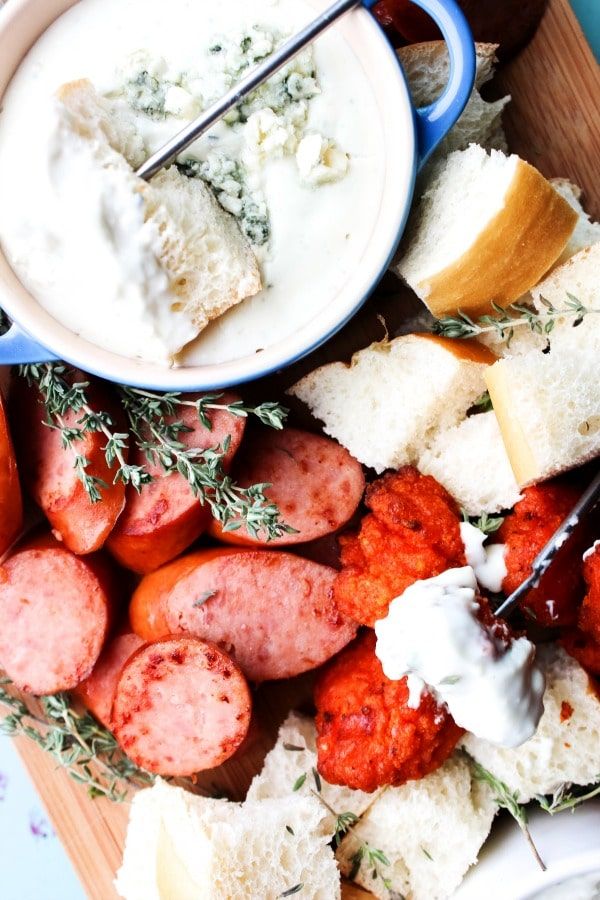 blue-cheese-fondue-featured