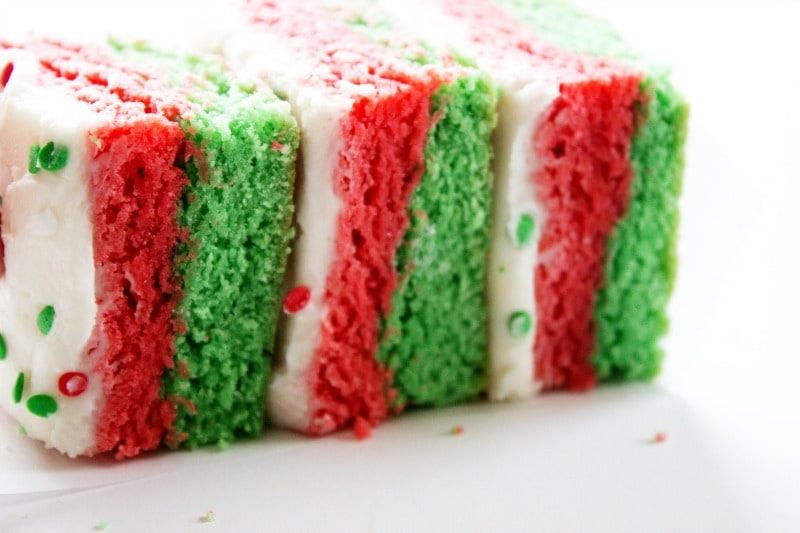 christmas-sugar-cookie-bars-frosted