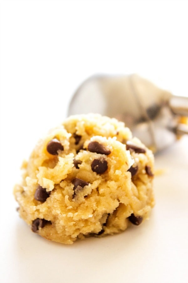 best-ever-chocolate-chip-cookies-dough