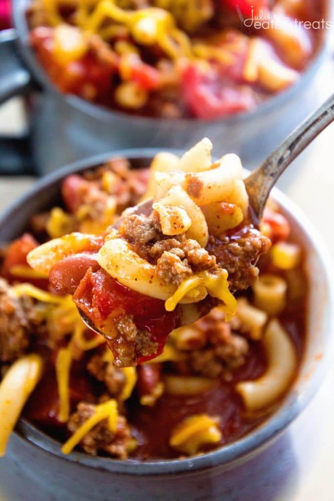 Crock Pot Hearty Chili Mac