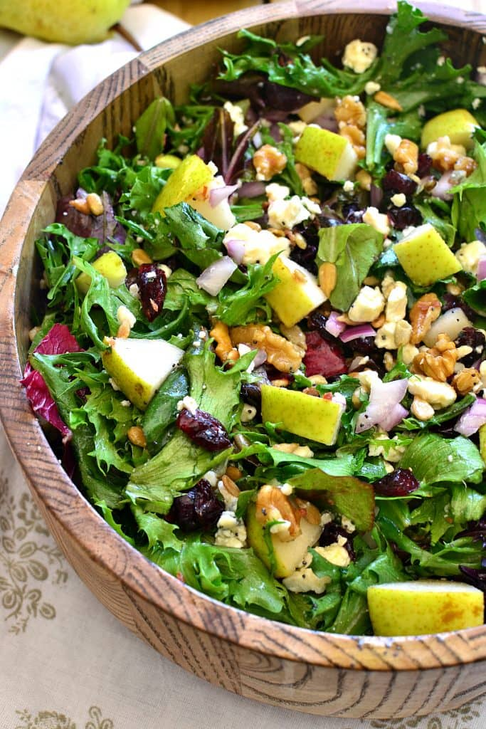 PEAR, WALNUT & GORGONZOLA SALAD
