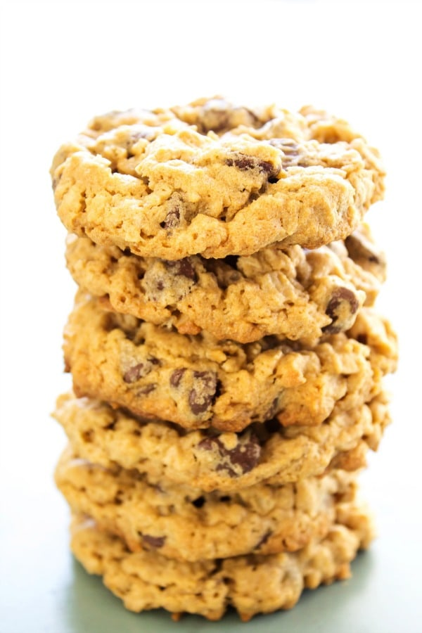 CHEWY OATMEAL PEANUT BUTTER CHOCOLATE CHIP COOKIES - A Dash of Sanity