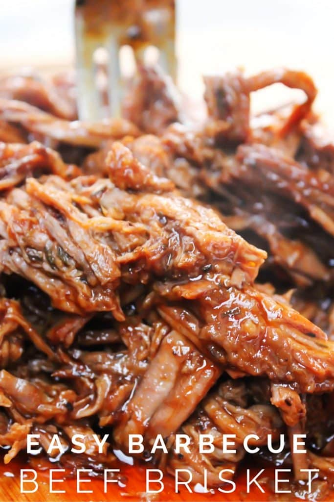 EASY BARBECUE BRISKET {SLOW COOKER}
