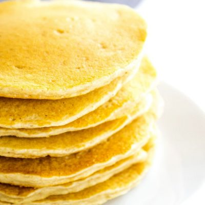 SIMPLE OAT PANCAKES