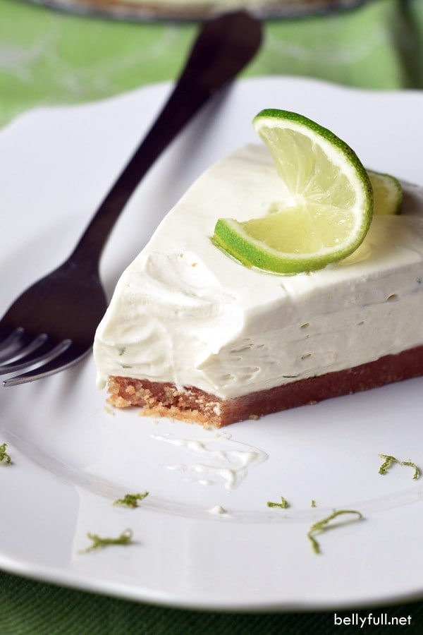6-INGREDIENT NO BAKE KEY LIME PIE