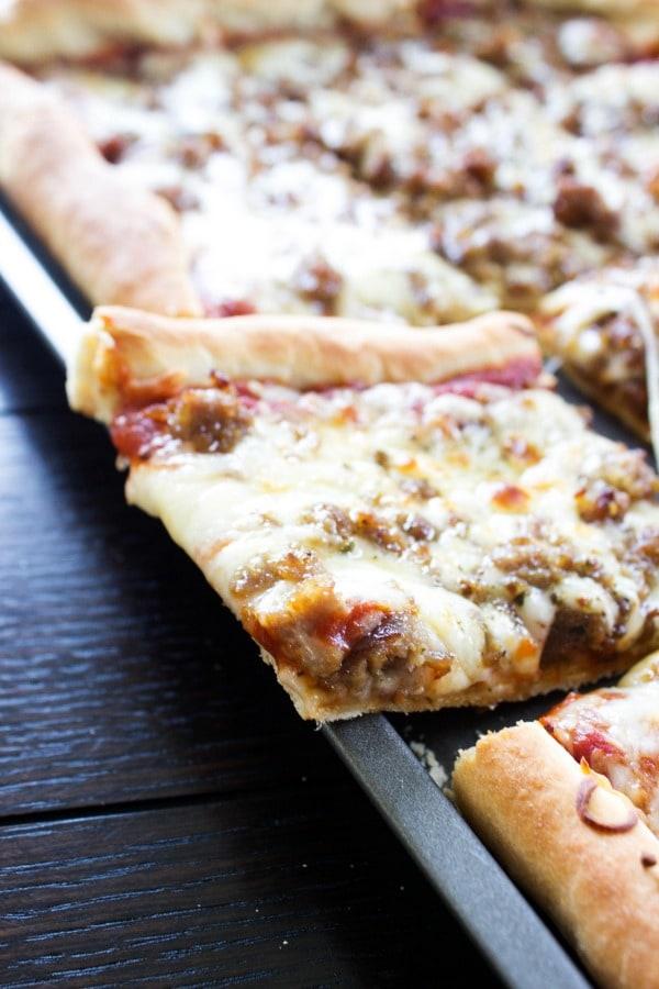 sheet-pan-pizza-pan
