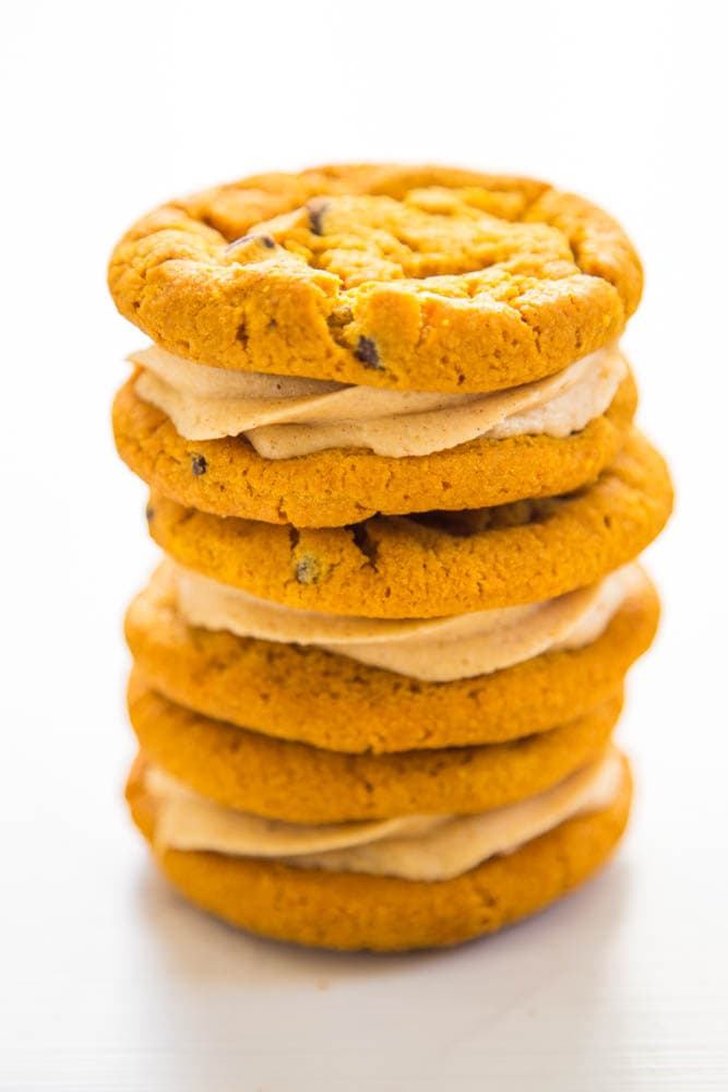 a stack of sandwich cookies.
