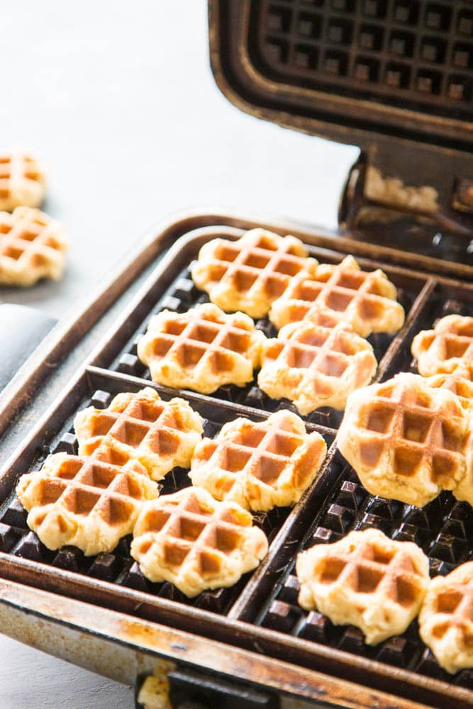 cooked cookies on the waffle iron